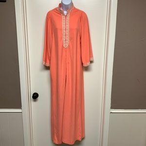 Vintage EVELYN PEARSON 60s Embroidered House Dress